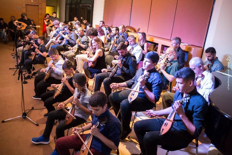 Μάγεψαν με τις κοντυλιές τους οι μαθητές του Μάνου Πυροβολάκη στο Μέγαρο Μουσικής Αθηνών