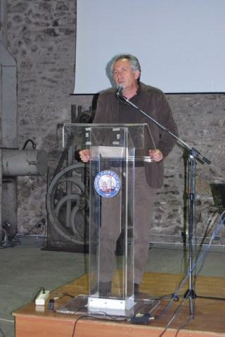 Ο κ. Σταύρος Ιατρού, πρώην δήμαρχος Κερατέας και νυν επικεφαλής ελάσσονος αντιπολίτευσης