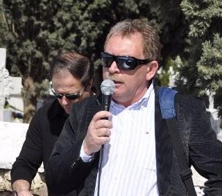 Ο Δήμαρχος Σαρωνικού Πέτρος Φιλίππου, απευθύνει χαιρετισμό και δηλώνει τη συμπαράστασή του στον αγώνα των κατοίκων της Κερατέας