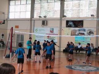 Μίνι καρφώματα για τους μικρούς αθλητές βόλεϊ στη Κερατέα