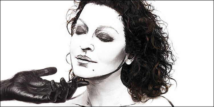 Η Τάνια Τσανακλίδου έρχεται από 29 Ιανουαρίου στο «Σταυρό του Νότου»