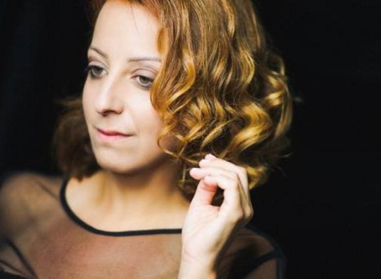 Λυδία Σέρβου: «Προσεγγίζω το τραγούδι με αθωότητα και αγάπη»