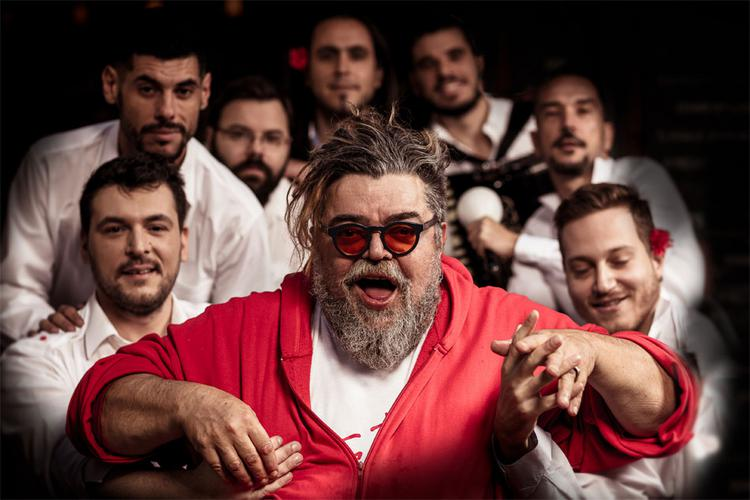 Ο Σταμάτης Κραουνάκης και η «Σπείρα Σπείρα» στην Κύπρο